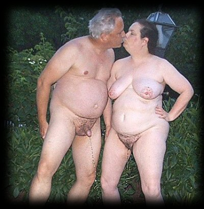 Nancy and Hubby enjoy FAMILY Piss Party