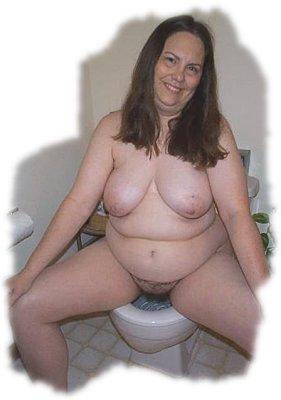 Nancy pees for a friend